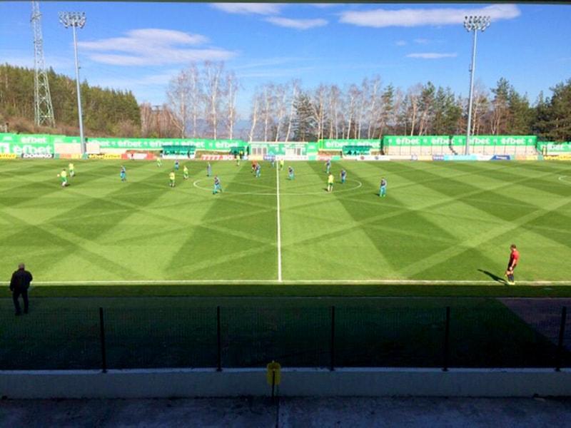 "Футболен терен ""Витоша Бистрица"" - тревен чим ""Олимпико"""
